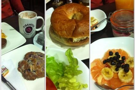 coffee-shop-nice-pinkoffee-bagels-muffins