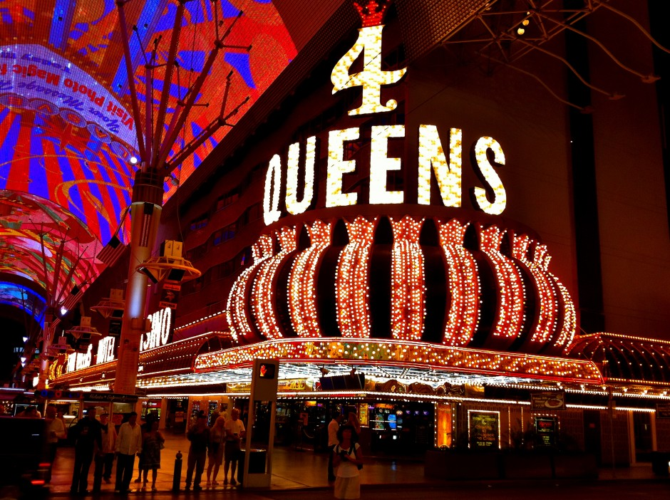 voyage-las-vegas-four-queens-casino-downtown