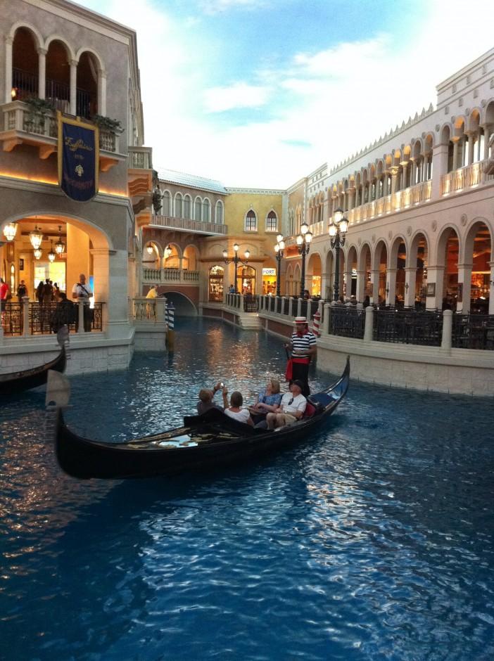 voyage-las-vegas-hotel-venetian-gondoles-venise