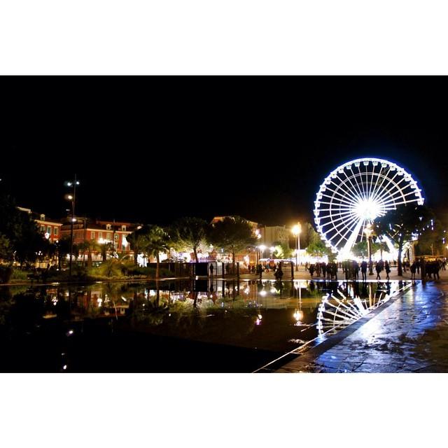 [sur le blog] on file voir les illuminations de #nice06  Journaldunenicoise.com (Lien dans ma bio)