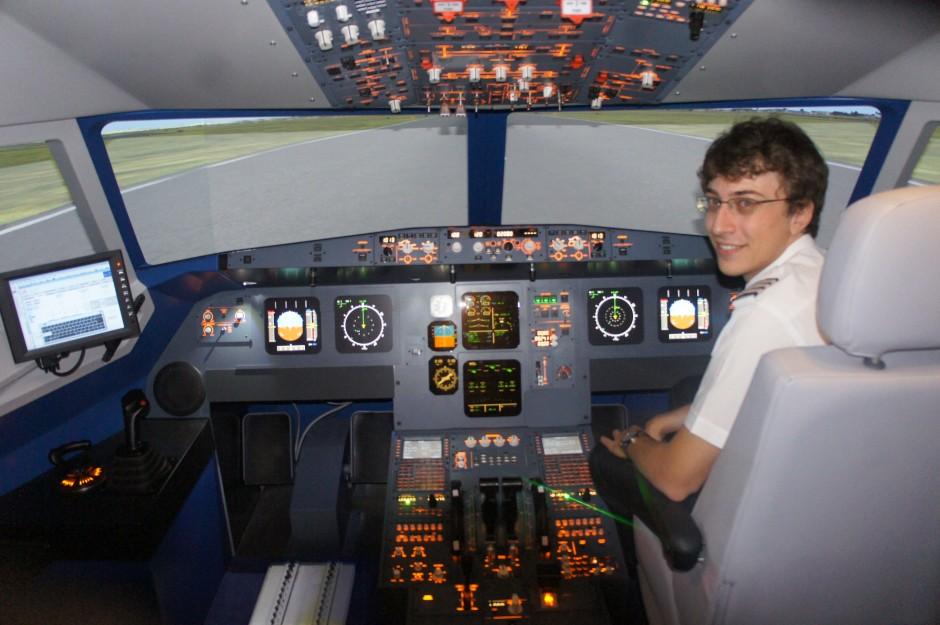 pilote-pilotage-simulateur-airbus-aviasim-cagnes-cotedazur