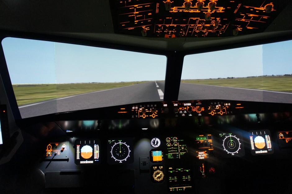 cokpit-aviasim-simulateur-avion-airbus-nice