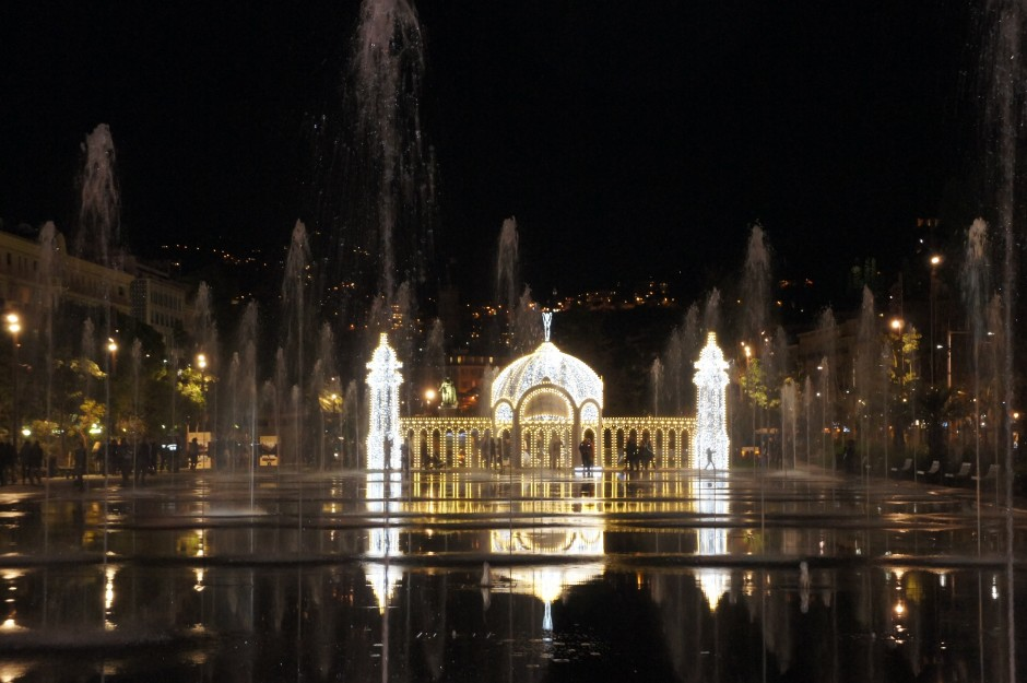 Nice-promenade-paillon-noel-2014-illuminations-casino-jetee-promenade