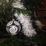 noel-christmas-decoration-boules-rouge-or-neige