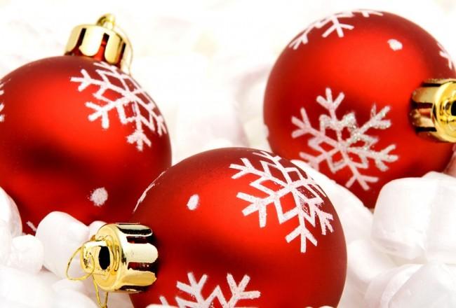 noel-christmas-decoration-boules-or-rouge-bonjour-decembre