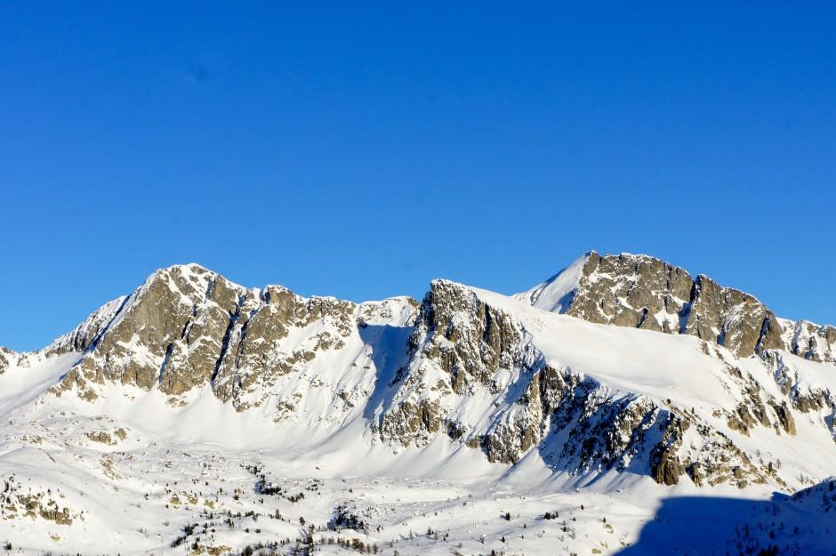 sommet-enneige-isola-2000-montagne-ski-station-pic