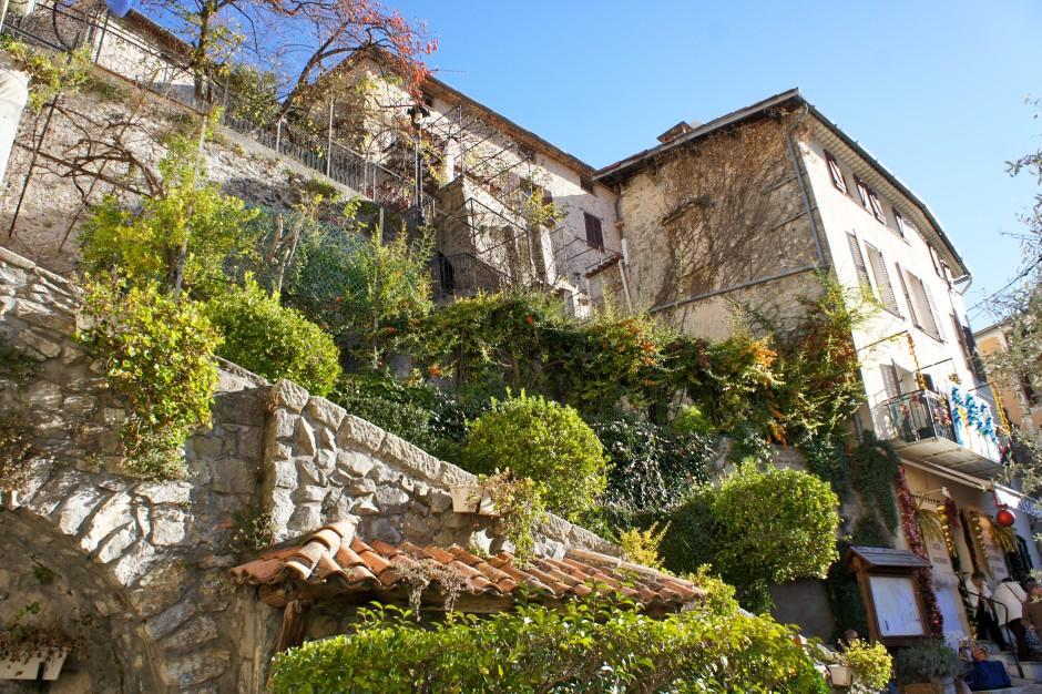 luceram-vieilles-pierres-village-cote-d-azur