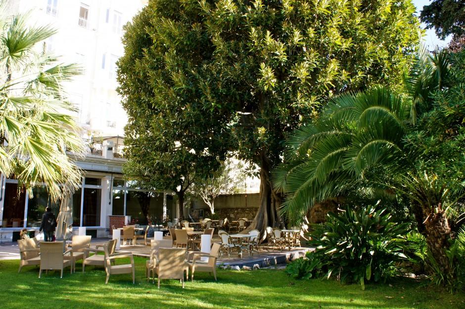 hotel-royal-westminster-menton-vacances-bleues-jardin