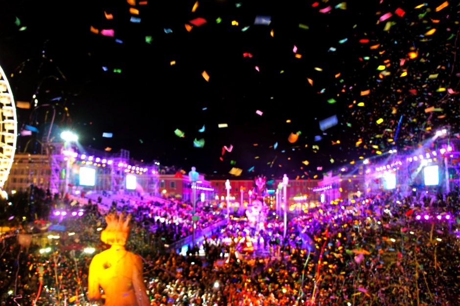 carnaval-de-nice-2015-corso-canarvalesque-lumières-roi-de-la-musique
