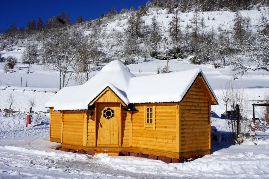 kota-finlandais-camping-cians-beuil-valberg-nuit-insolite-06
