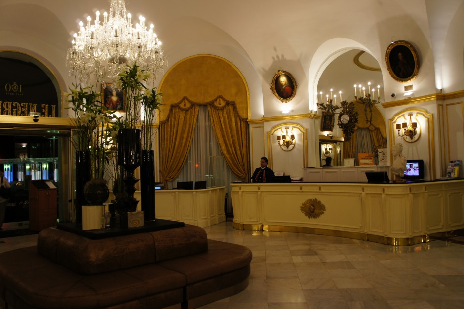 réception-frontdesk-hotel-negresco-palace-nice