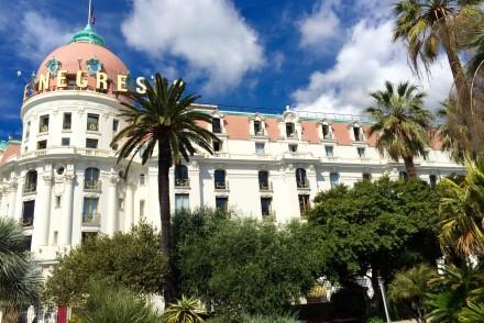 hotel-negresco-nice-palace-promenade-des-anglais-facade