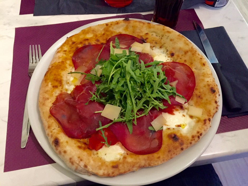 bonne-pizza-nice-pucci-restaurant-focaccia