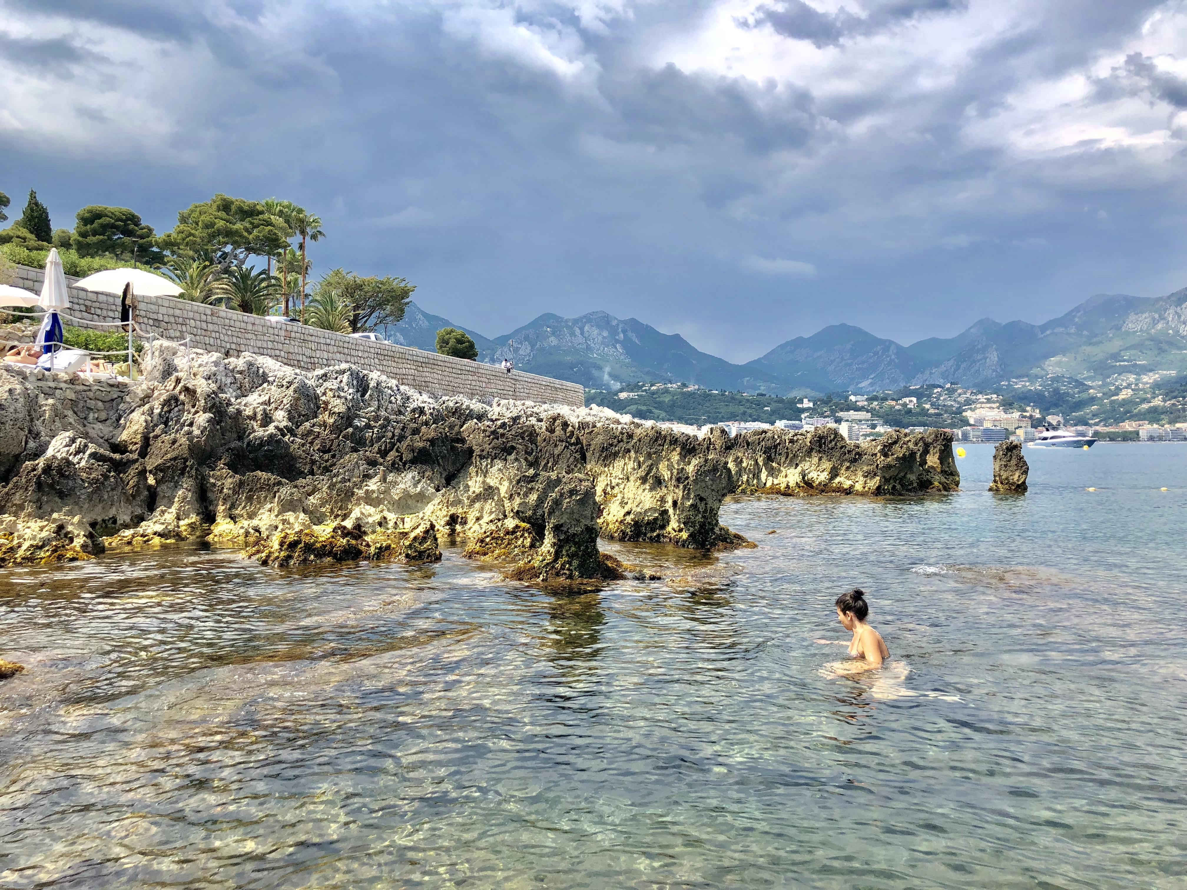 baignade-roquebrune-cap-martin-sentier-littoral