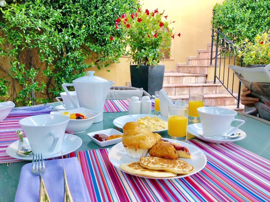 petit-dejeuner-terrasse-nice