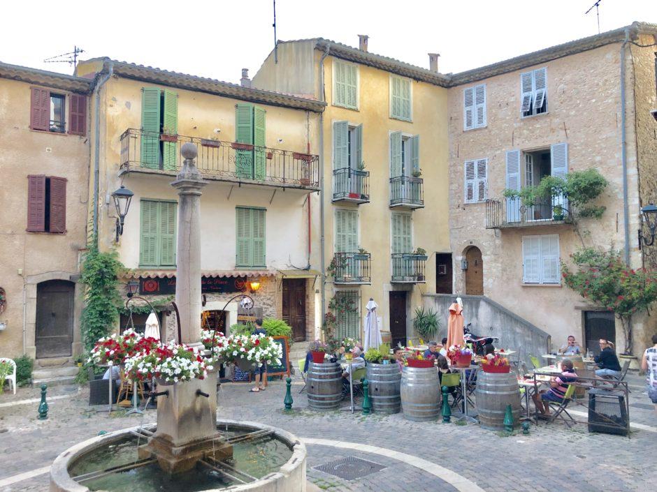 restaurant à Gattières